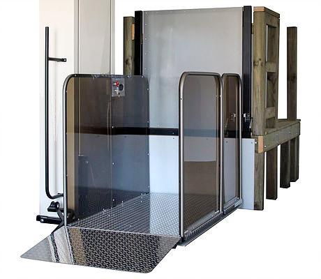 Inclinator Serenity™ Vertical Platform Lift