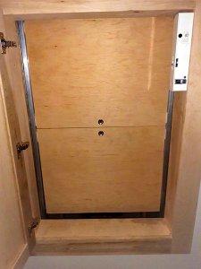 PLI Dumbwaiter doors closed position